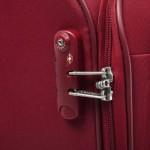 Valise Delsey Belleville 71-L- 64-cm-rouge fermeture TSA